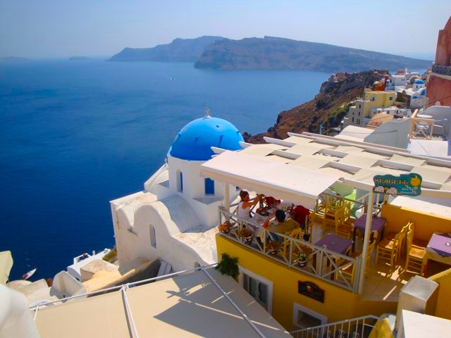 Honeymoon In Greece - 10 things to see and do on your trip to santorini greece