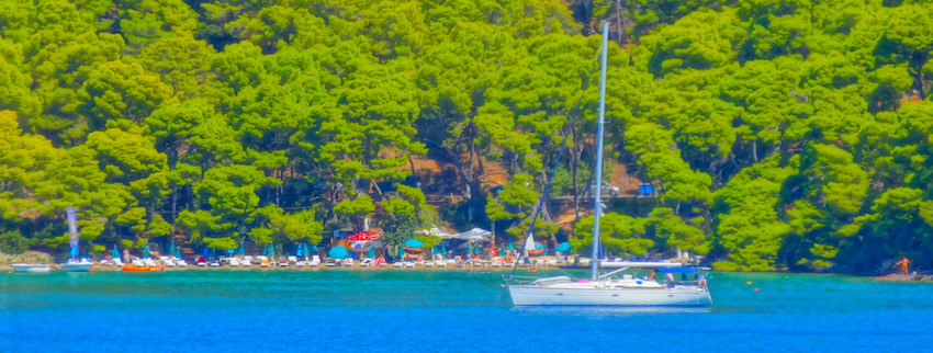 Sailing in Greece: A Guide to Greek Island Sailboat and